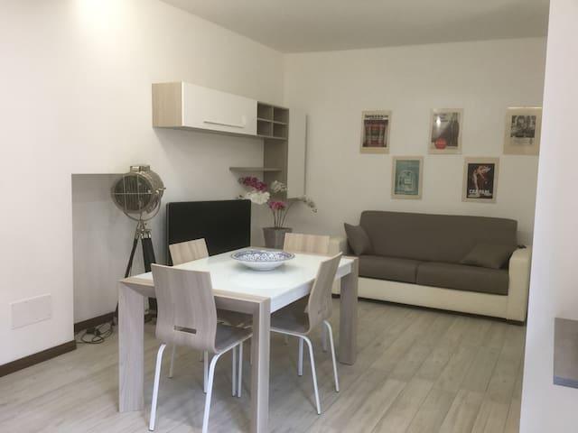 Moderno bilocale nel centro di Varese