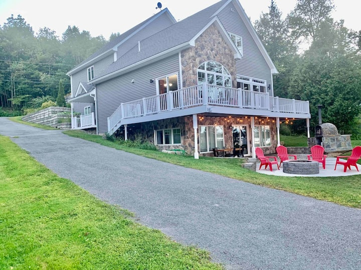 Escape The City-Secluded Lakefront, Fire pit,Kayak