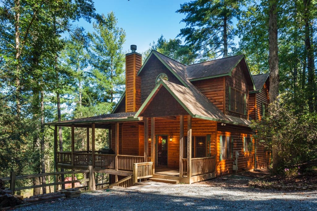 Moose river lodge cabins for rent in ellijay georgia for Ellijay cabins for rent by owner