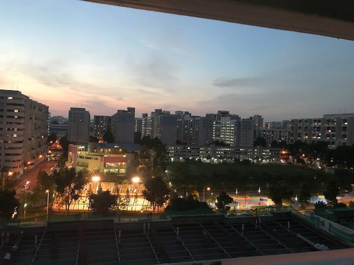 hougang mrt 150m HDB  主人房