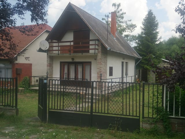 Balatonszemes nyaraló kiadó - Balatonszemes - Huis
