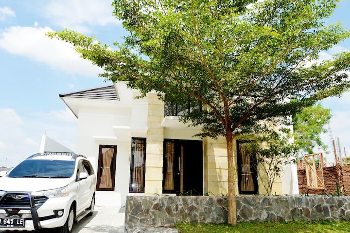 East Maguwoharjo Homestay Jogja
