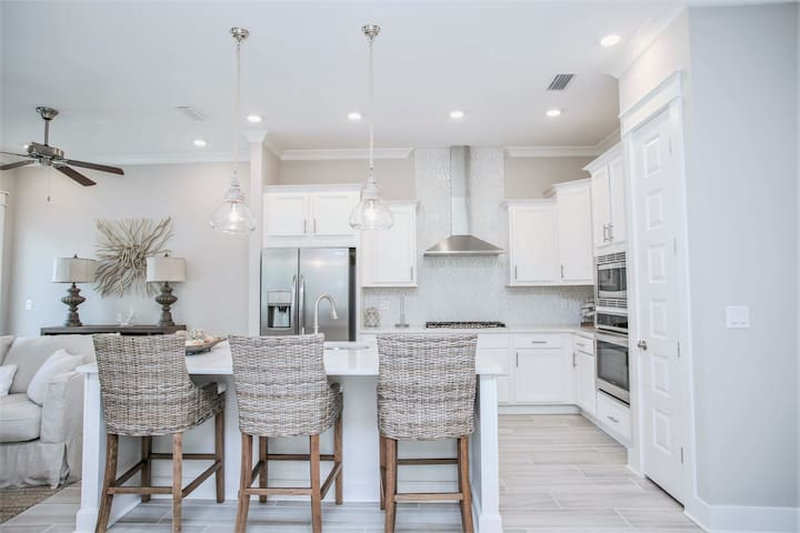 Prominence on 30A ✩ Port Charlotte ✩ Beautiful 3BR