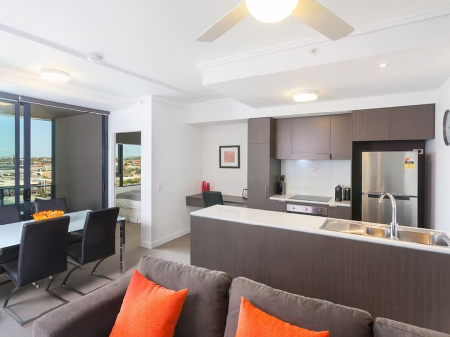 Fortitude Valley apartment Kitchen