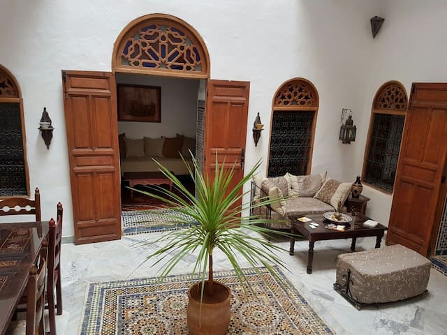 Lovely house in a quiet cul de sac. Chambre J'did. - Meknes - Other