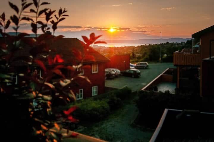 Flott leilighet med gode sol og utsiktsforhold