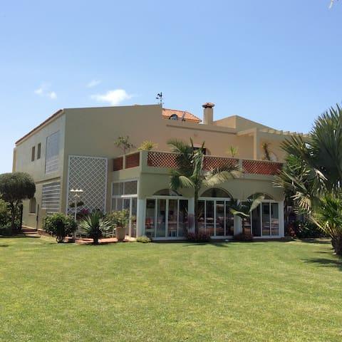 Villa spacieuse et tres confortable