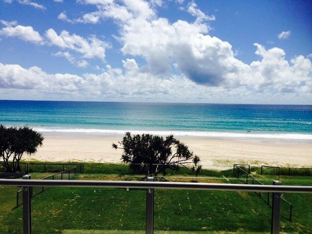 Absolute Beach Front Tugun Unit - Tugun - Appartement
