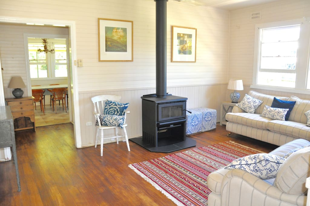 Beautiful woodburner to keep you cosy on cooler nights, lovely wooden floors, light filled space