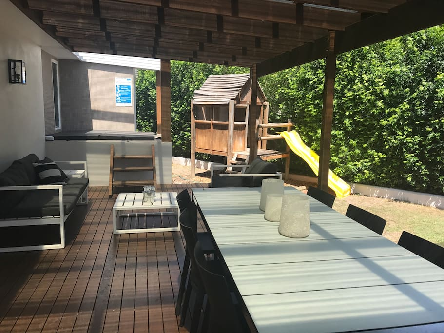 Outside deck and Splash pool