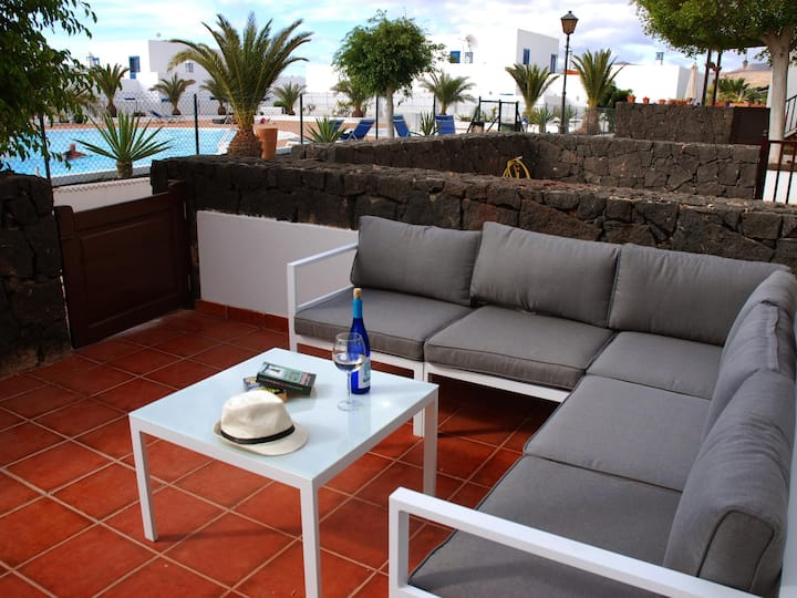 Swimming Pool, Wifi, Smart TV, english channels, 3 bedrooms, 2 bathrooms