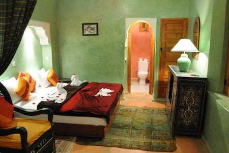 Large Family Suite at Riad ELLA - Marrakech