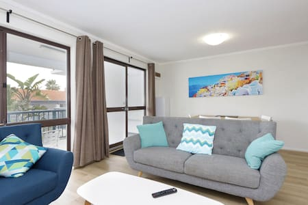 Light and bright apartment close to the beach