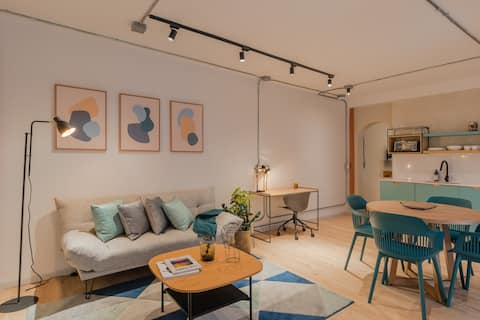New and modern designed apartment in Laureles