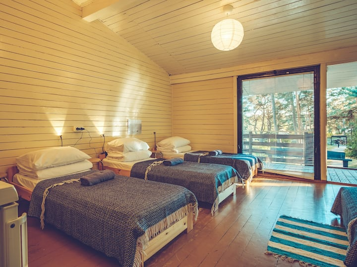 Triple room in a summerhouse under the pines