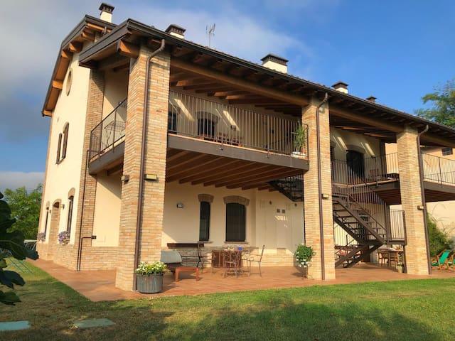 Nuovo B&B sulle colline parmensi (Parma)