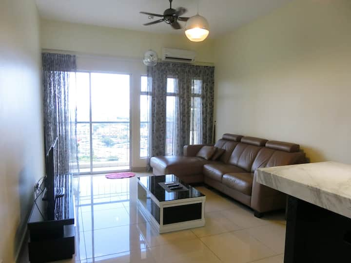 Cozy Apartment Next to KB Mall