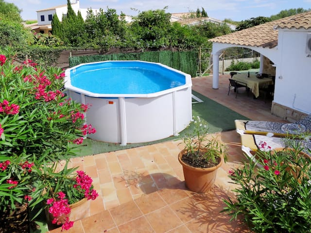 Holiday house Romantica with pool and lovely garden area with barbecue