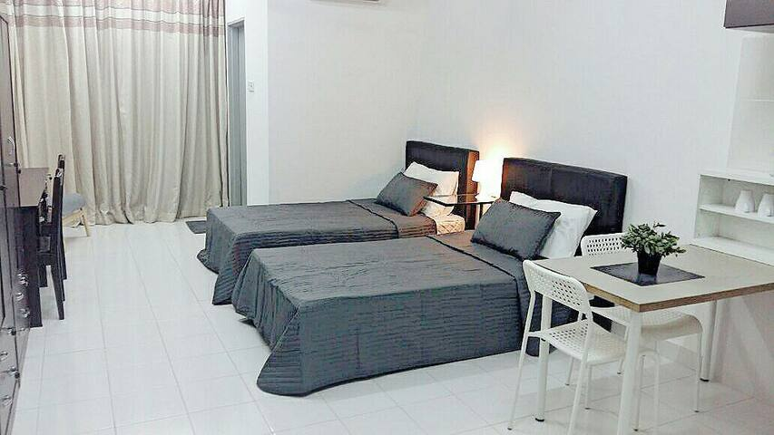 New and fully furnished studio unit in Subang Jaya - Subang Jaya - Pis