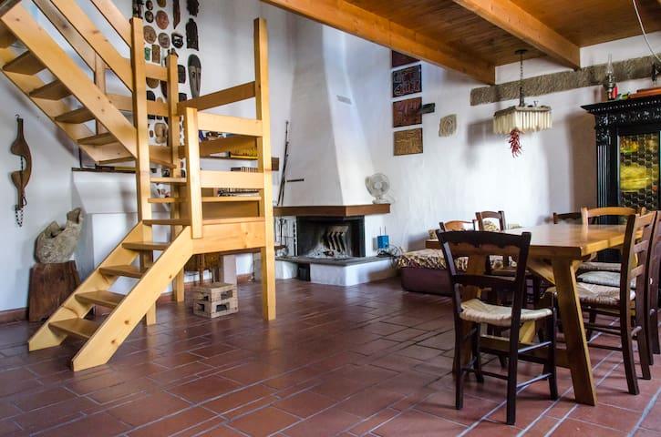 """House """"under the Tower"""", beach & shops 3 min. far - Calasetta - Casa"""