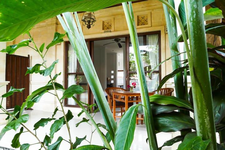 Huge Bintang Villa, Central Ubud, Bali