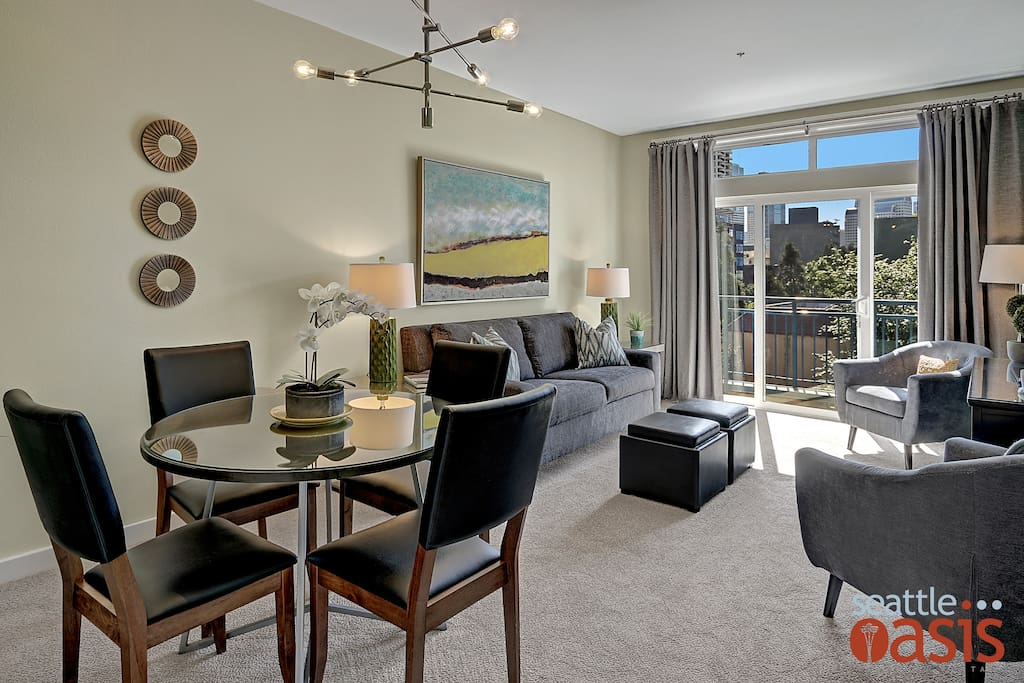 Modern functional design in the heart of Downtown Seattle