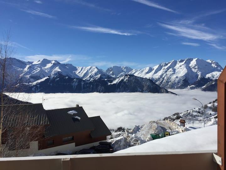 alpe d'huez, vue magnifique, retour skis aux pieds