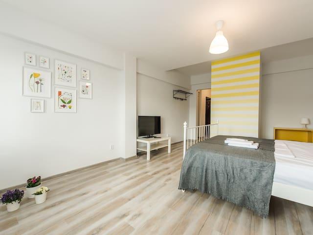 Calisto Living Room