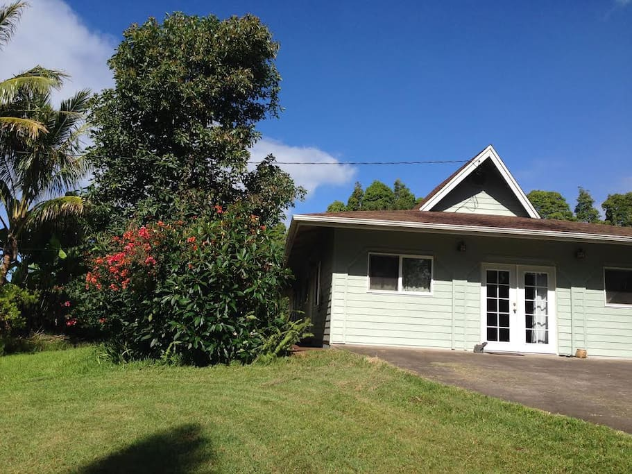 naalehu black singles 94-6527 kamaoa rd , naalehu, hi 96772 is a single-family home listed for-sale at $250,000 the 1,765 sq ft home is a 4 bed, 30 bath property find 23 photos of the 94-6527 kamaoa rd home on zillow view more property details, sales history and zestimate data on zillow mls # 617884.
