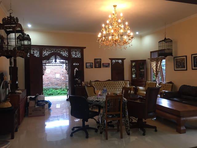 Momo's house, modern javanese house in magelang
