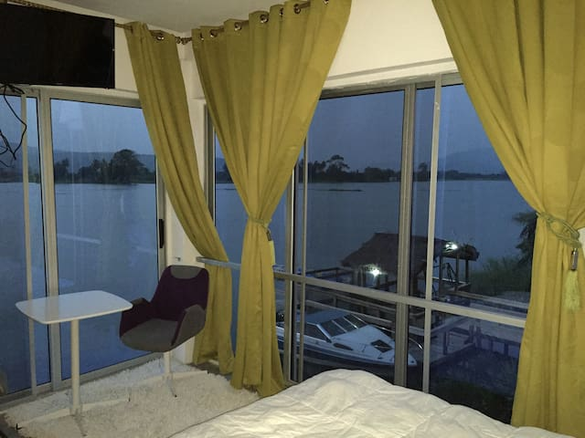 Penthouse rooms - Atimpoku - Pis