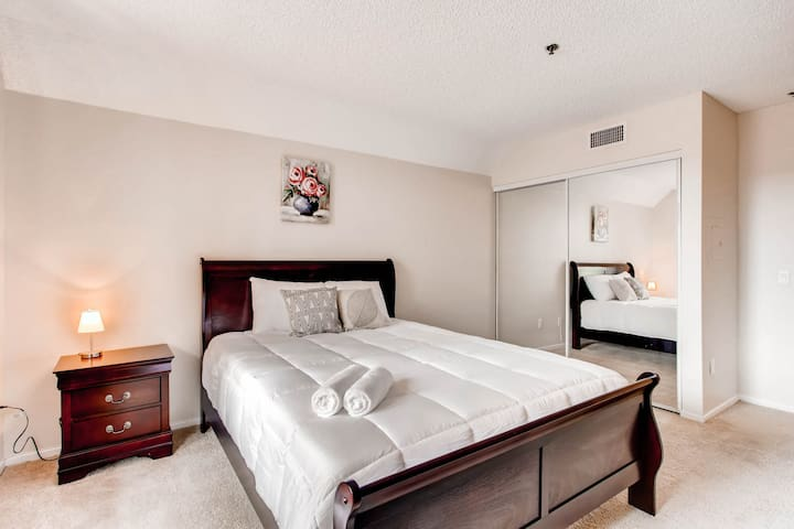 1BR/1BA in The Gaslamp! Walk to the convention cnt