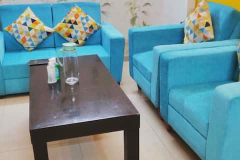 //Two Bedroom Fully Loaded Apartment in Noida//