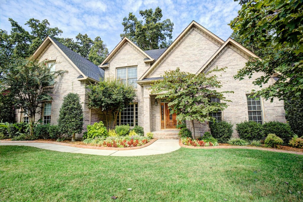 Beautiful place here check it out houses for rent in for Madison al home builders