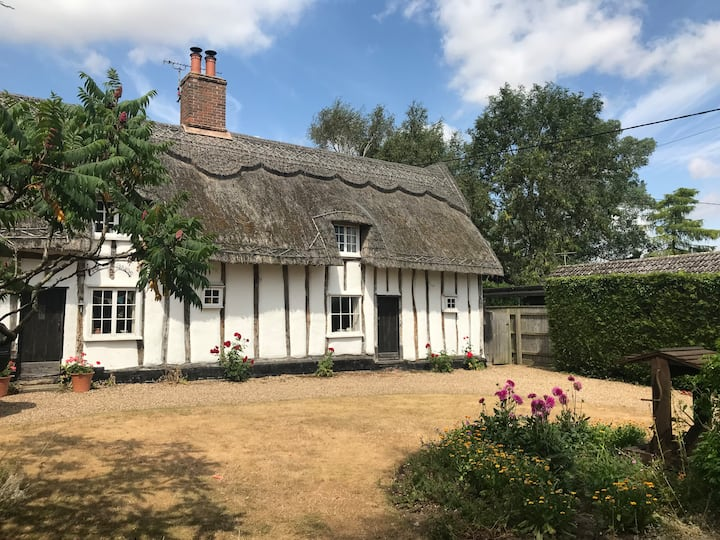 Authentic 17th Century thatched cottage.