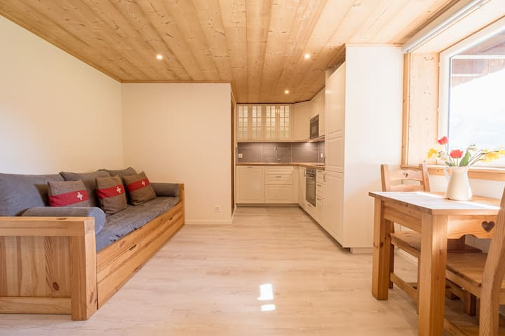 NEW cosy, modern studio in an old barn