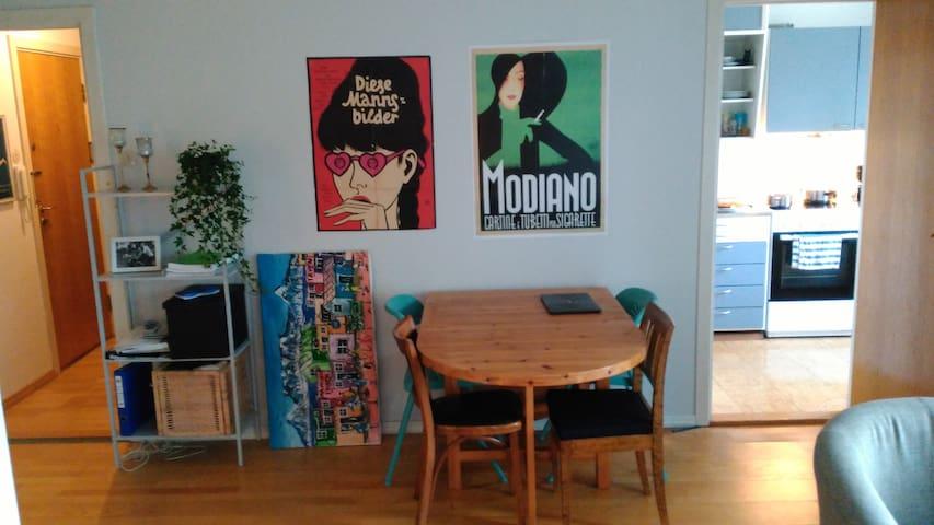 Living room, dinner table