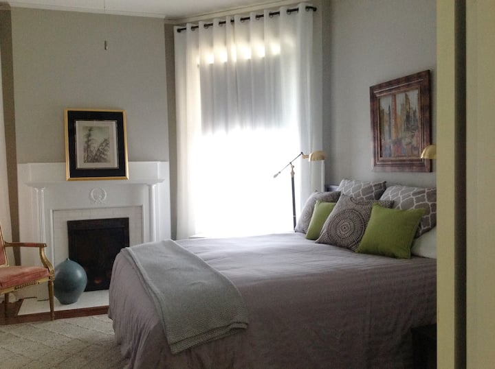 Exceptional Museum District Apt for Extended Stay