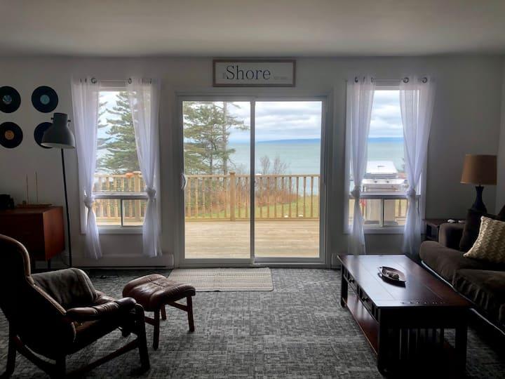 Coastal Cottage on the Bay of Fundy's Edge