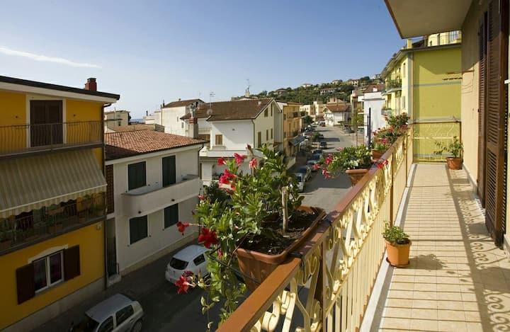 "Casa vacanze  "" L'ORCHIDEA ""   SAPRI"