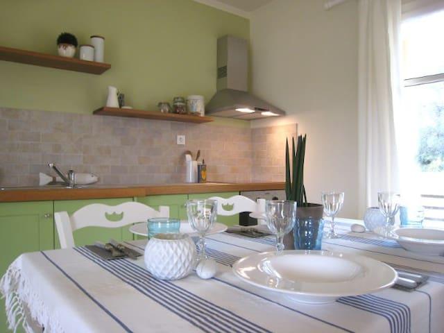 Elia Villa - Elaionas Guesthouse