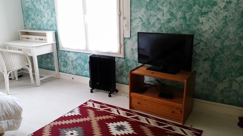 Chambre dans appartement - Cauen - Pis