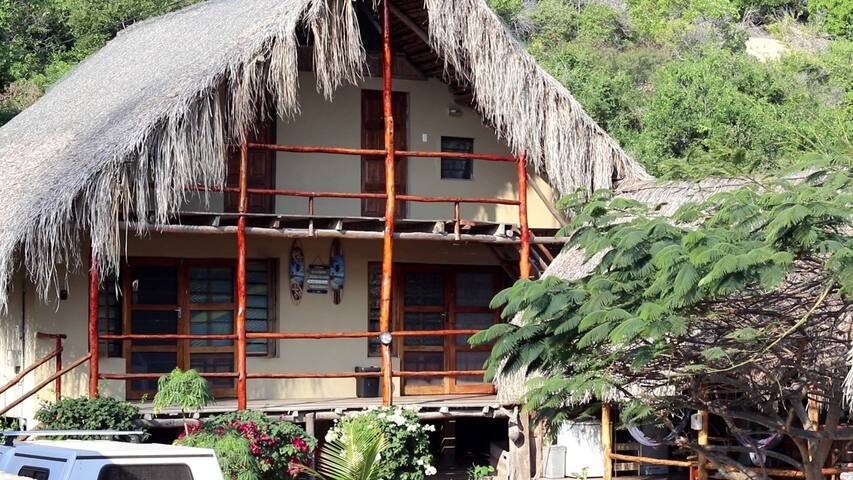 Casa Surf Lodge- Tofo/Tofhino