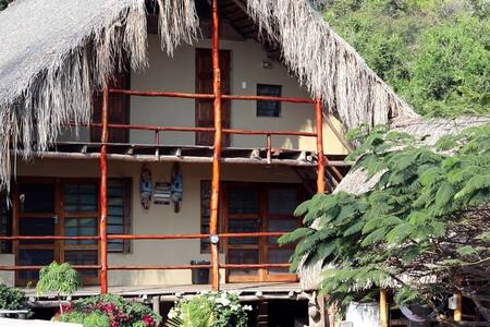 Casa Surf Lodge- Tofo/Tofhino