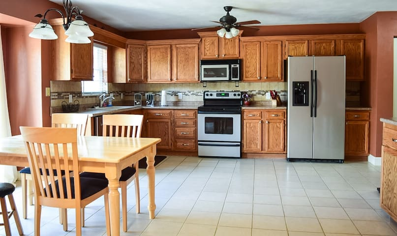 Whole home, 3bd 2ba, 1750sq.ft. -St.Louis-ScottAFB