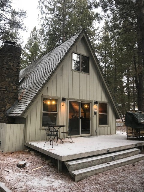 Cozy Cabin For 6, Hot Tub, Fireplace, SHARC, WiFi