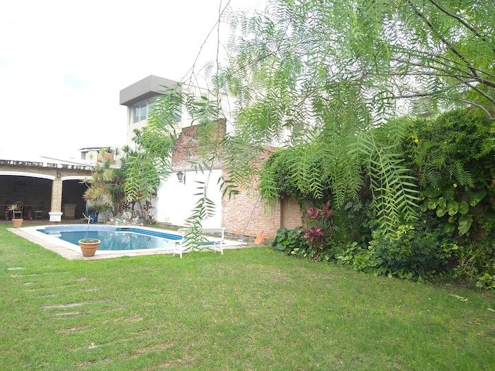 Casa Quinta centrica con pileta