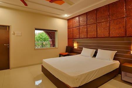 Deluxe Room 1 in Kankuali
