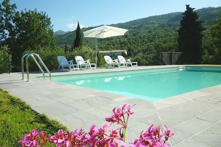 Casa in campagna in provincia di Firenze - Reggello