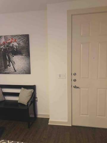 Comfy Stay Near Downtown